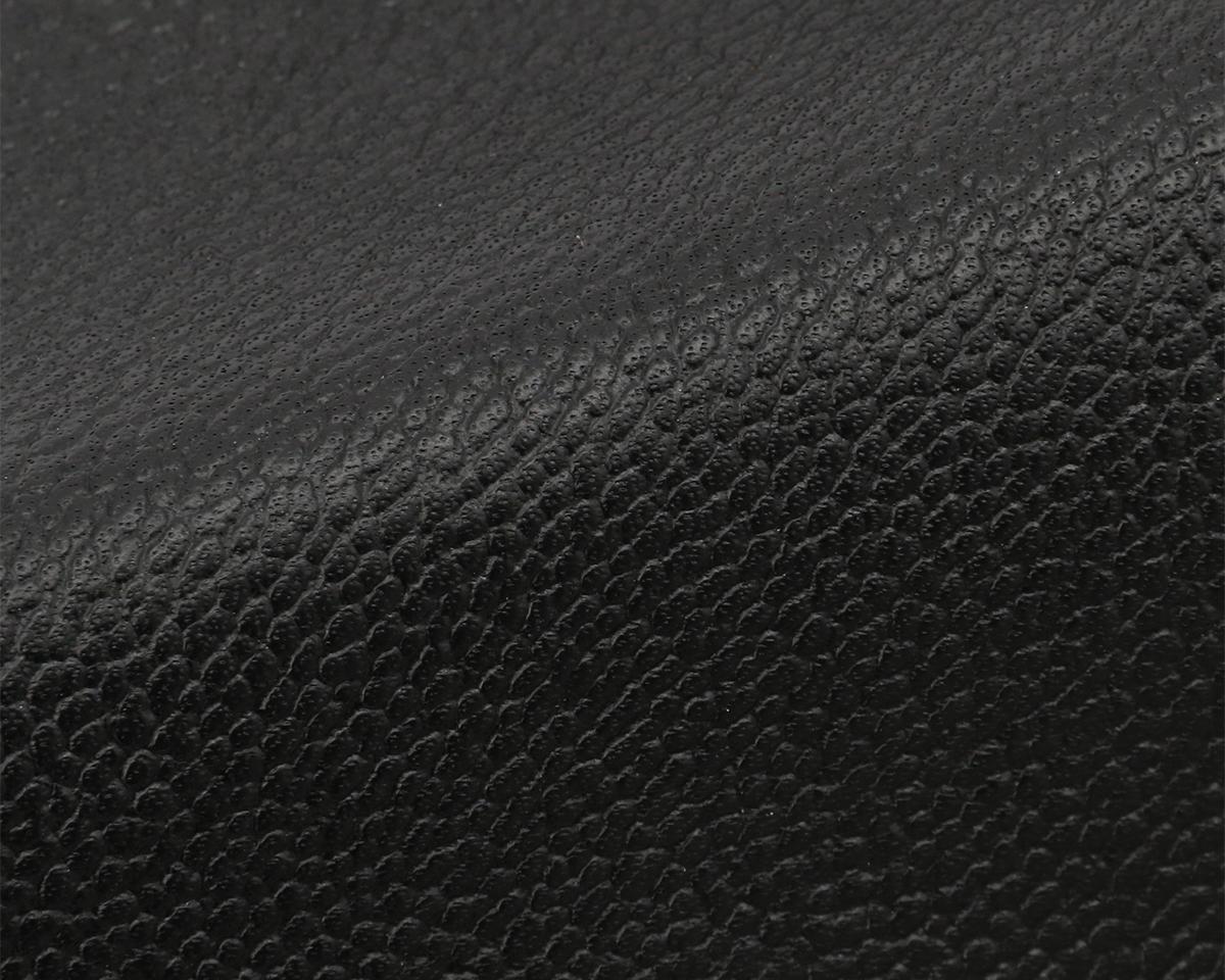 バッグに最適な国産のステム(生後2年を経過した雄の牛革)を使用|防水レザー、超軽量、直感ポケット付きの日本製レザーバッグ|PCバッグ・トートバッグ・リュック・バックパック|FARO(ファーロ)