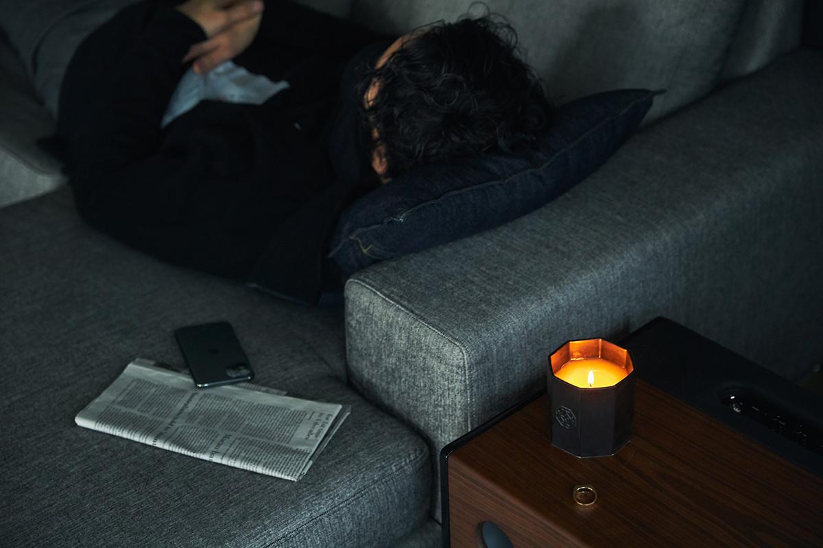 頭の中のノイズが静かに払われていく。穏やかな炎と心地いいヒノキの香りで、ゆったり癒しの時間を-センティッドキャンドル-KITOWA(キトワ)