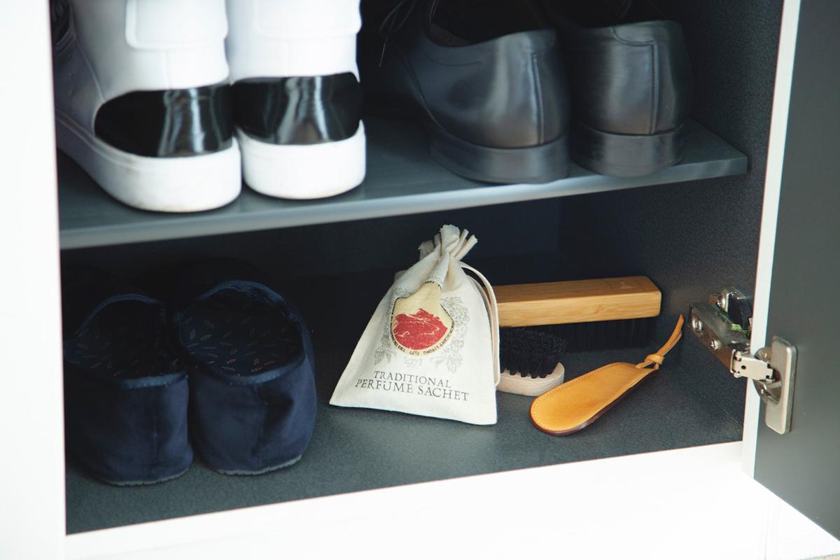《玄関やシューズボックスに》毎朝の靴選びも楽しみに。来客用のスリッパ収納ボックスに潜ませて、目に見えないおもてなしに。サシェ・匂い袋・香り袋|タイ王室御用達のアロマブランド『KARMAKAMET(カルマカメット)』
