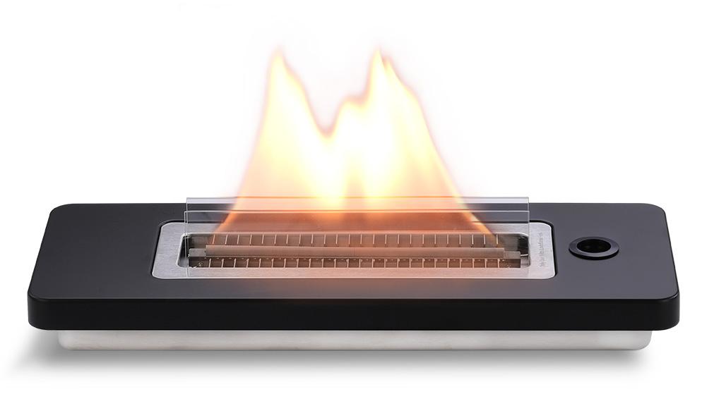 幅40.5×奥行15.5×厚さ10cmの大判。安全な専用オイル使用で、煙が出ない、テーブルに置ける「焚き火」|LOVINFLAME