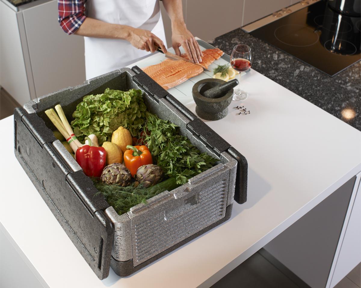 冷蔵庫代わりになる保冷・保温に優れた軽量で頑丈な折りたためるクーラーボックス|Flipbox