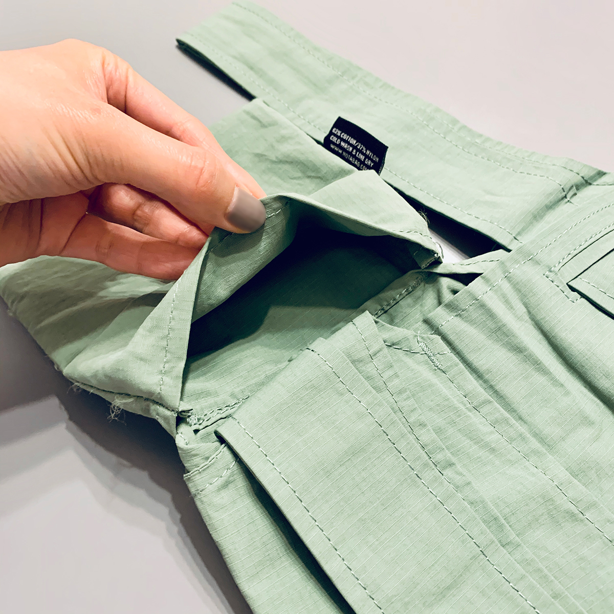 収納袋一体型なのでなくす心配がない。一瞬でリュックになる「変身エコバッグ」|notabag(ノット ア バッグ)