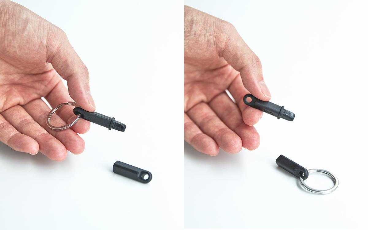 付属のリングは、キャップ側、本体側のどちらにも装着が可能。ウィルスの接触感染を避ける、小さくてスリムな非接触ツール。衛生的に持ち歩ける「プッシュスティック」|QUALY