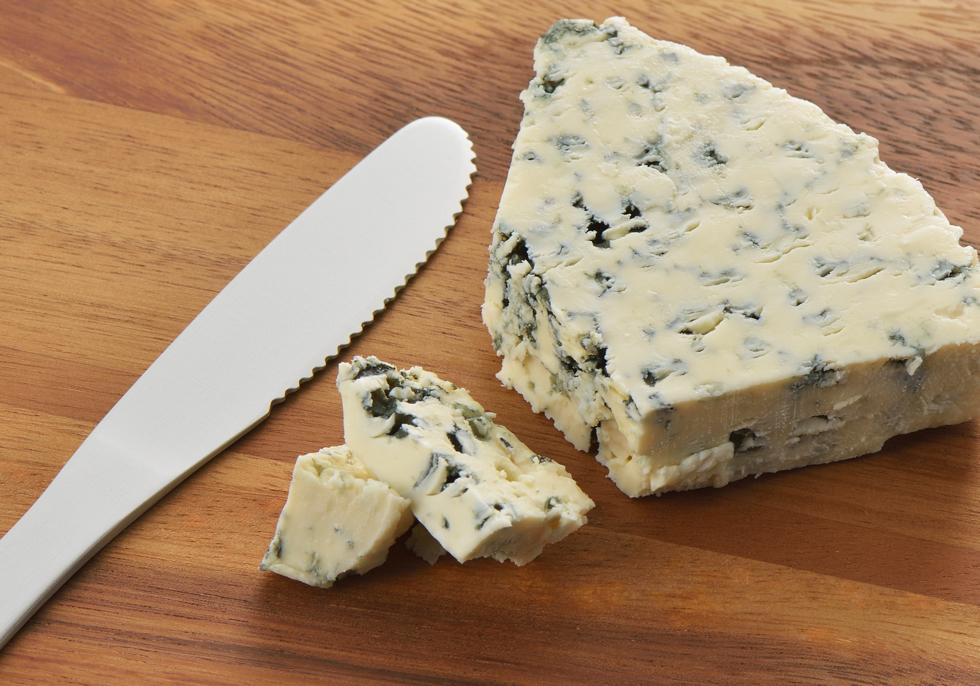 チーズも切れる手の温度で溶けるバターナイフ