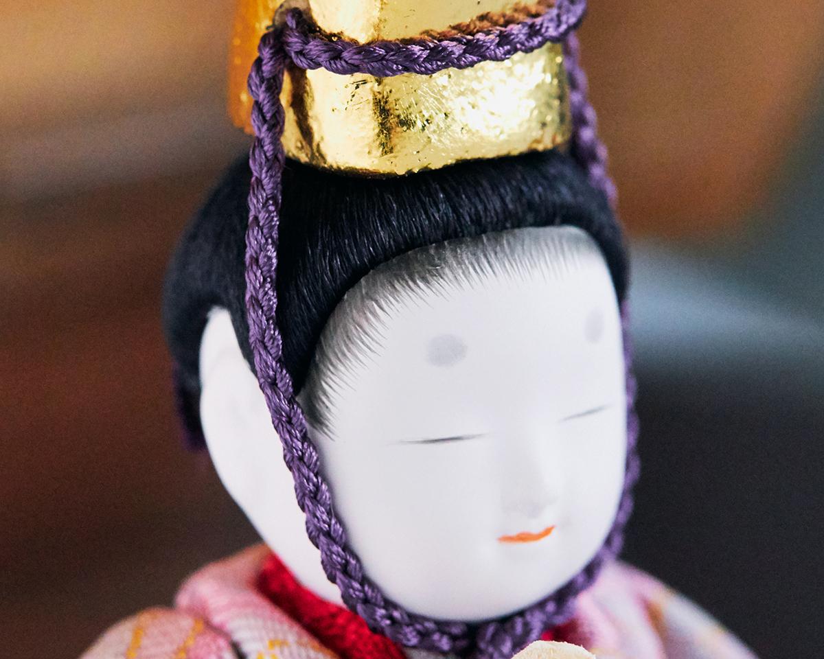 よく見ると、1体ごとに異なる表情を持っており、より一層愛着が湧いてきます。|柿沼東光(経済産業大臣認定伝統工芸士)× 大沼 敦(工業デザイナー)によるモダンな雛人形