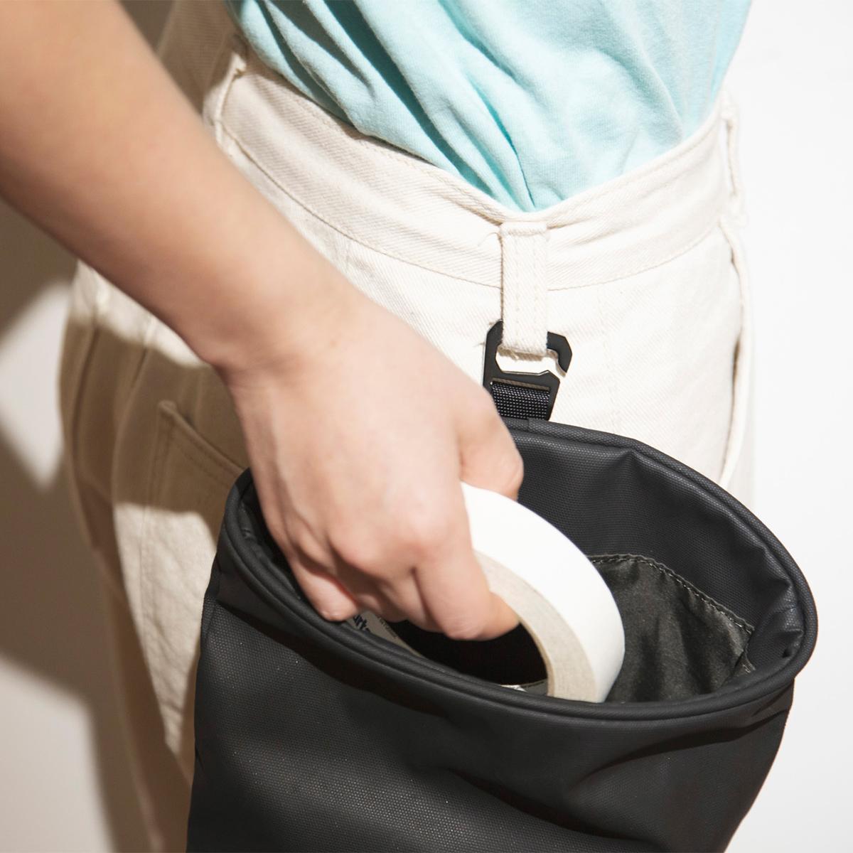 【吊り下げバッグ】シーンに合わせて4通りの使い方ができる「4WAYウエストバッグ」(水濡れや汚れに強いドライコレクション)|Topologie