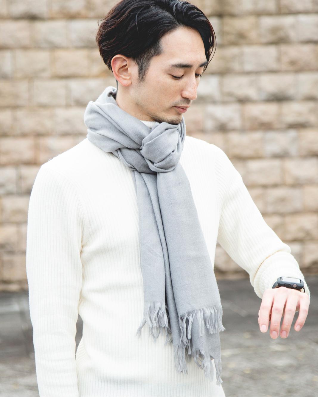 上質な梳毛をトップメゾンの生地も手掛ける織物工房で織り上げた高品質なカシミアのマフラー・ストール「STEPPE」|ADOS(エイドス)