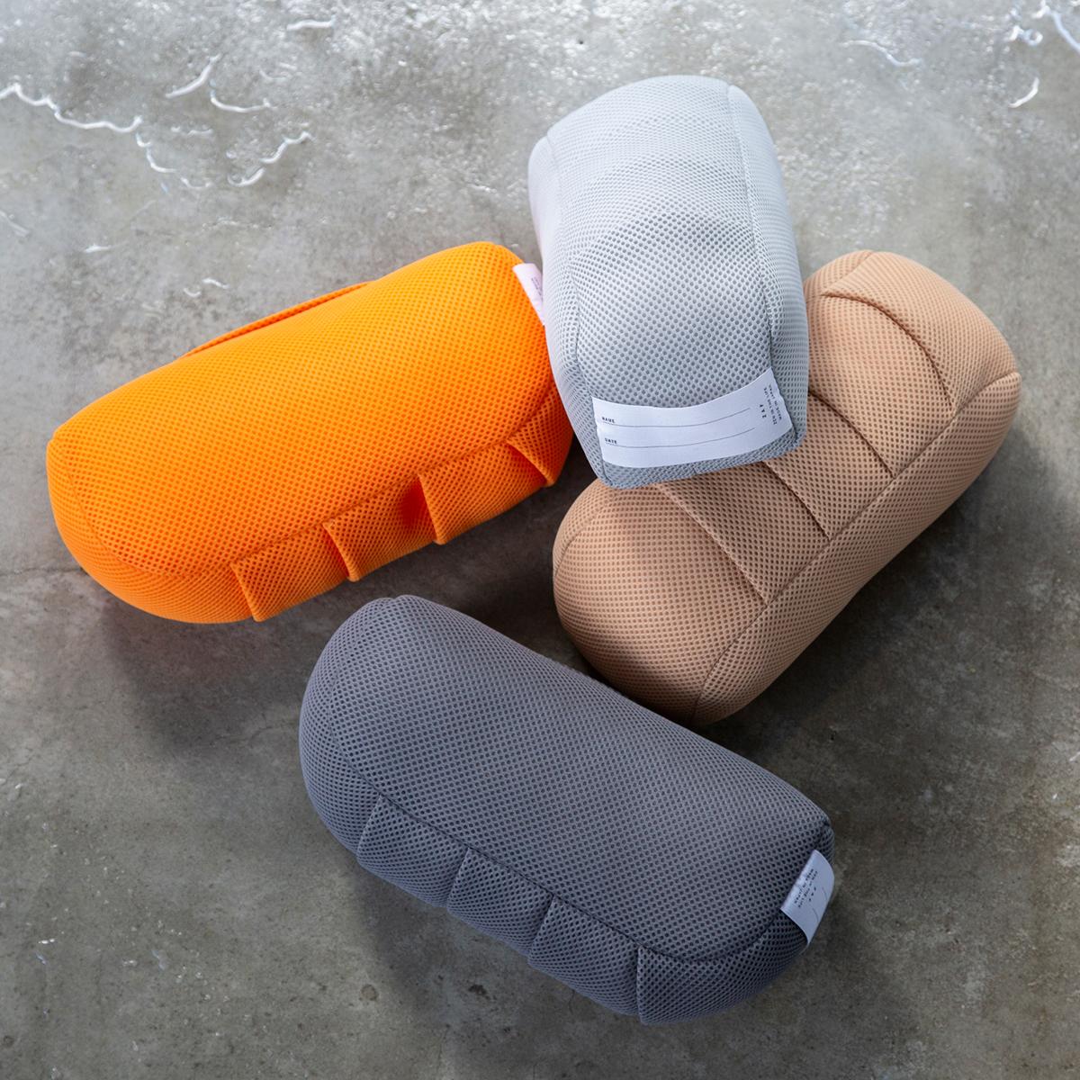 坐禅蒲団『ZAF』をサウナ用に再設計したクッション。骨盤をサポートして姿勢を安定、腰も呼吸もラクに!坐禅蒲団から生まれた、SAUNAクッション|ZAF SAUNA(ザフサウナ)