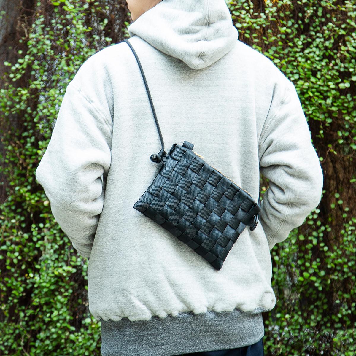 サコッシュ 取り外し可能なポーチinバッグが付属、3通りの使い方ができる「ショルダーバッグ」  PACK