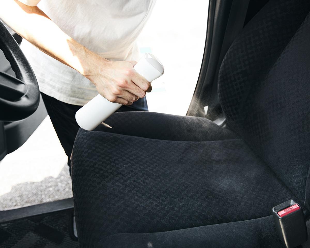 車の座席シートやハンドルに。プロ級の抗菌コート!強い酸化力で、菌・カビ・匂いを分解する「マイクロミストスプレー」|CELSION(セルシオン)