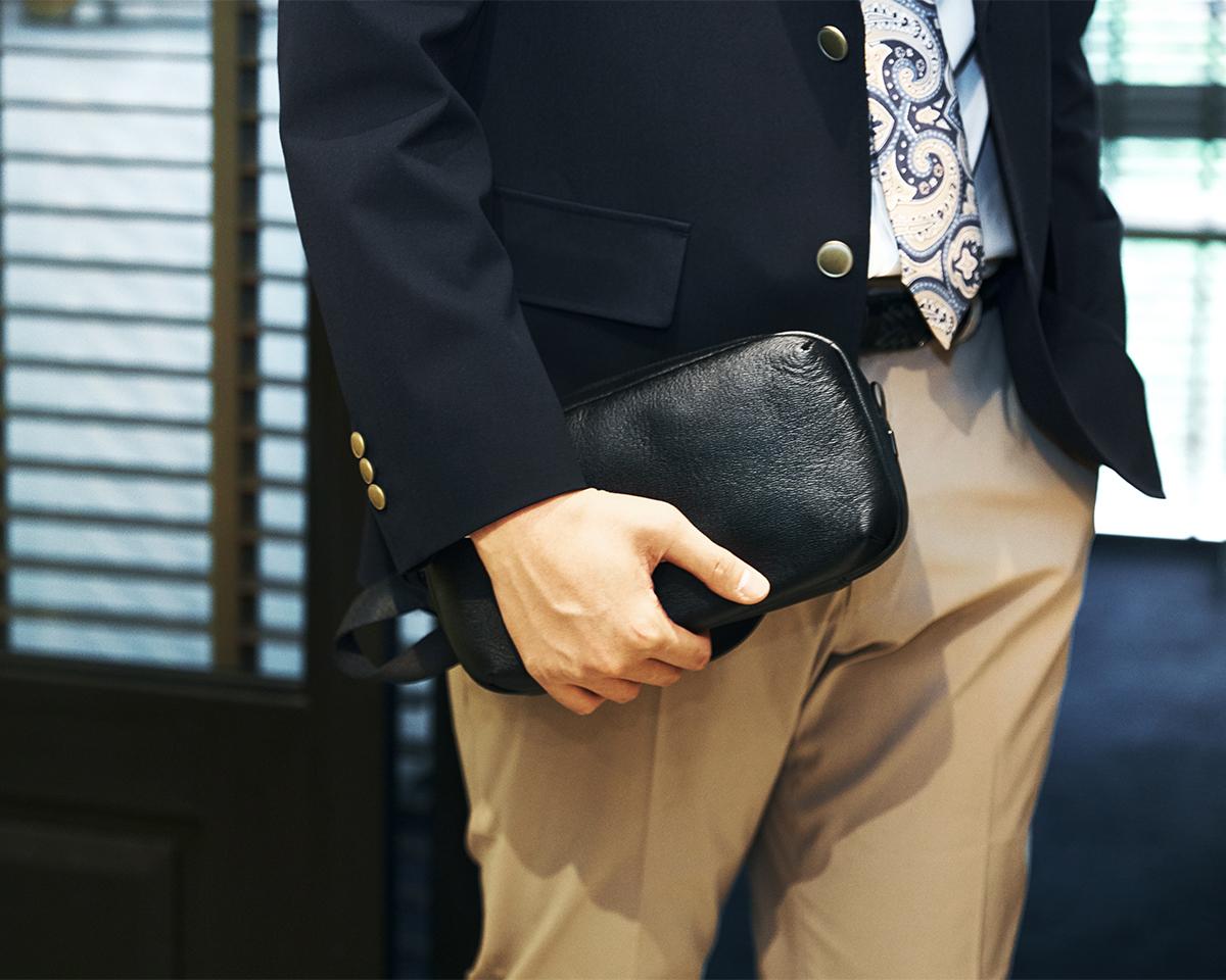 ひと目で上質と分かる機能美あふれる革製品 防水レザー、超軽量、直感ポケット付きの日本製レザーバッグ PCバッグ・トートバッグ・リュック・バックパック FARO(ファーロ)