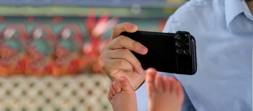 特殊効果レンズを日常的に付けっ放しにできるiPhoneケース一体型のレンズ、6種類のレンズ・プロレンズ・バッグ付きのコンプリートセット | ShiftCam 2.0