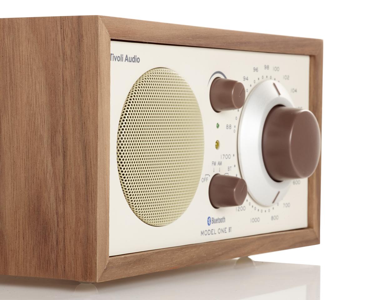 大音量でも歪みの少ない音を表現するフルレンジスピーカー|Tivoli Audio