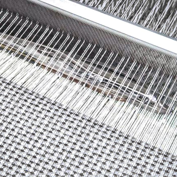 大阪泉州の職人達によって作られた、「熟睡」を追求した凹凸状のハニカム織りのハニカムケット(ワッフルケット)