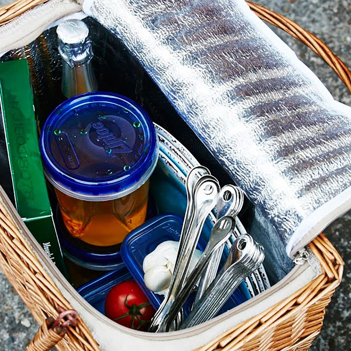 濡れても大丈夫。バーベキューの食材入れにもなるバスケット型の便利な保冷バッグ|チェルシーフードクーラー
