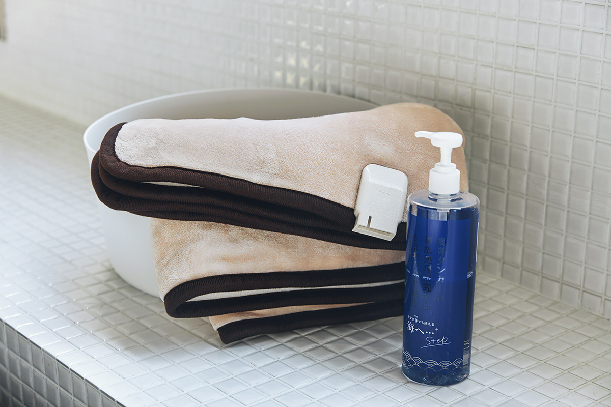 水に強く、耐久性に優れたヒートワイヤーだから洗濯機で洗える。あなたの睡眠サイクルに合わせて、電源が自動オンオフ!洗濯機で丸洗いできる「電気毛布」|HEAT-CRACKER