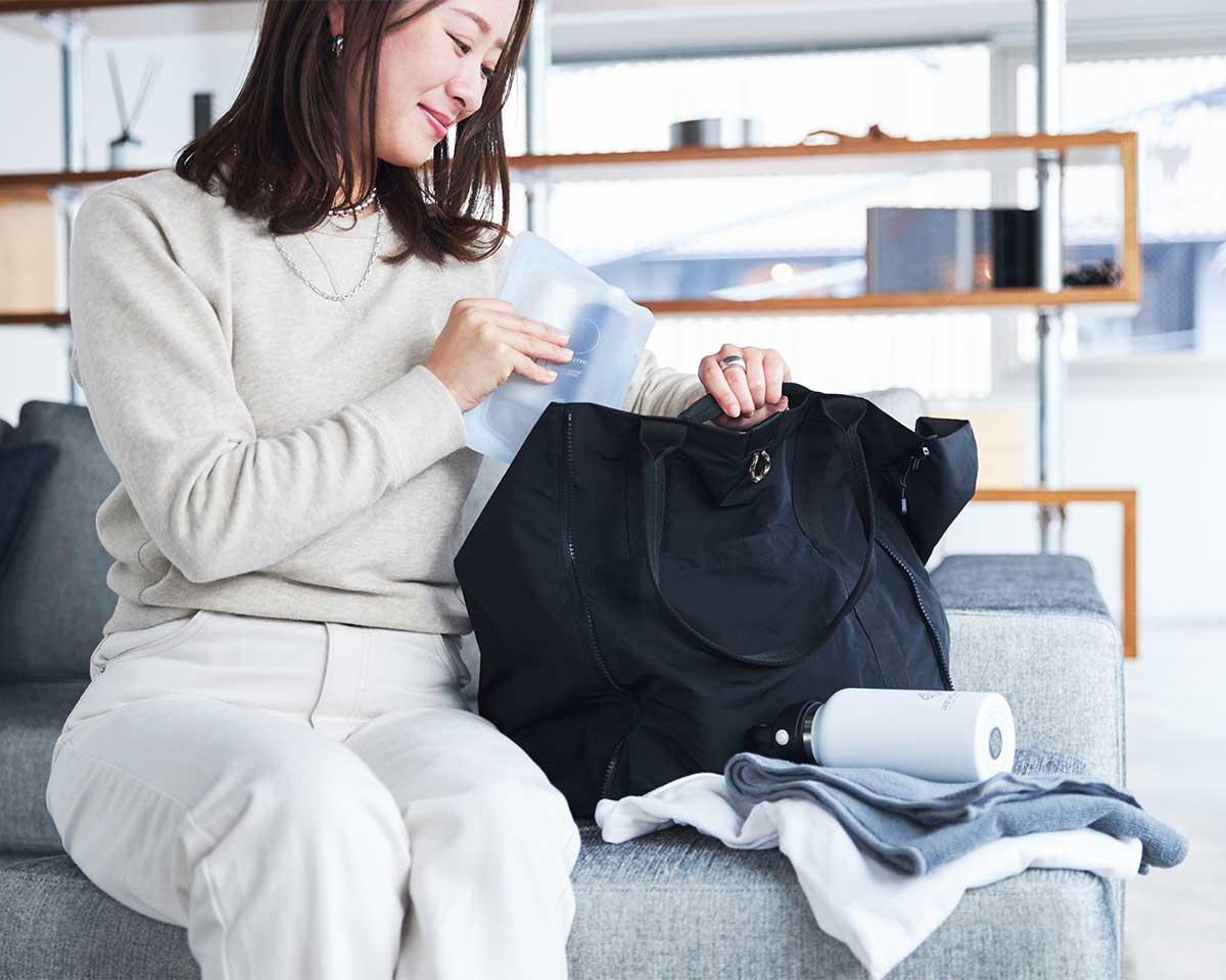薄型トートバッグが大容量バッグに変身するバッグ|WARPトランスフォームジッパーバッグ