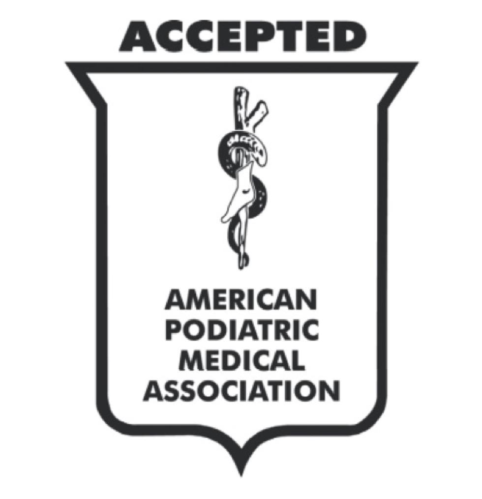APMA(アメリカ足病医学協会)認定証を取得済みの独自開発の立体インソールで、スニーカーみたいに歩き回れる「サンダル」|strive FARO