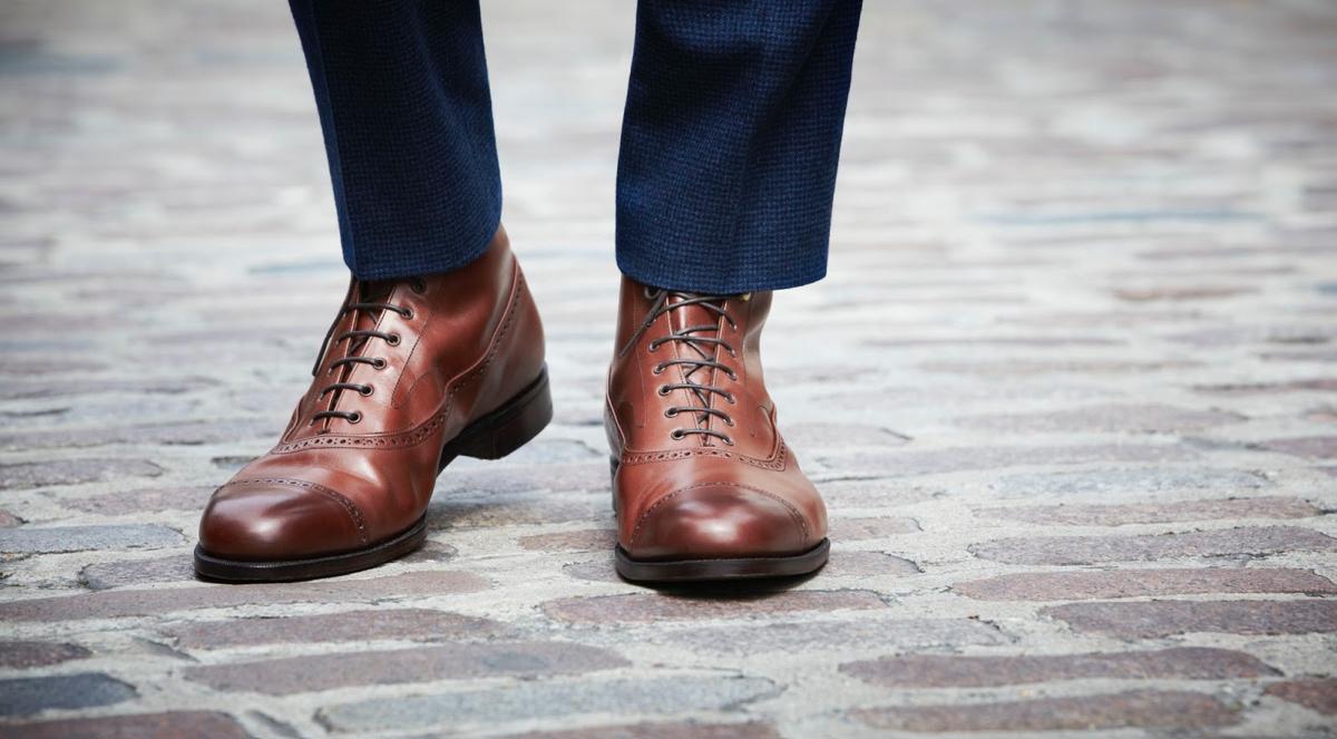 脱臭、殺菌してくれるので、履いた時に気持ちいい靴乾燥機