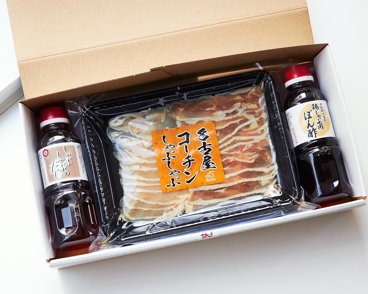 引き締まった弾力のある肉質に、繊細なうま味と深いコクが特徴の錦爽(きんそう)名古屋コーチン。飲めるポン酢&特製だし付き「名古屋コーチンしゃぶしゃぶセット(もも肉・むね肉)」|錦爽(きんそう)|丸トポートリー食品