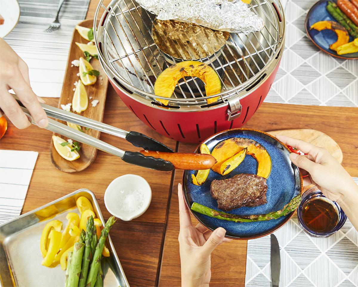 家でおいしい炭火料理が簡単にできる煙が少ないロースター|Lotus Grill