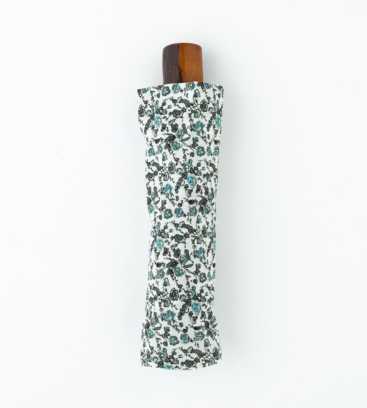 同素材でつくった付属の収納袋つきなので、汚れを気にせず、バッグの中にしまえる「日傘・長傘」|BON BON STORE