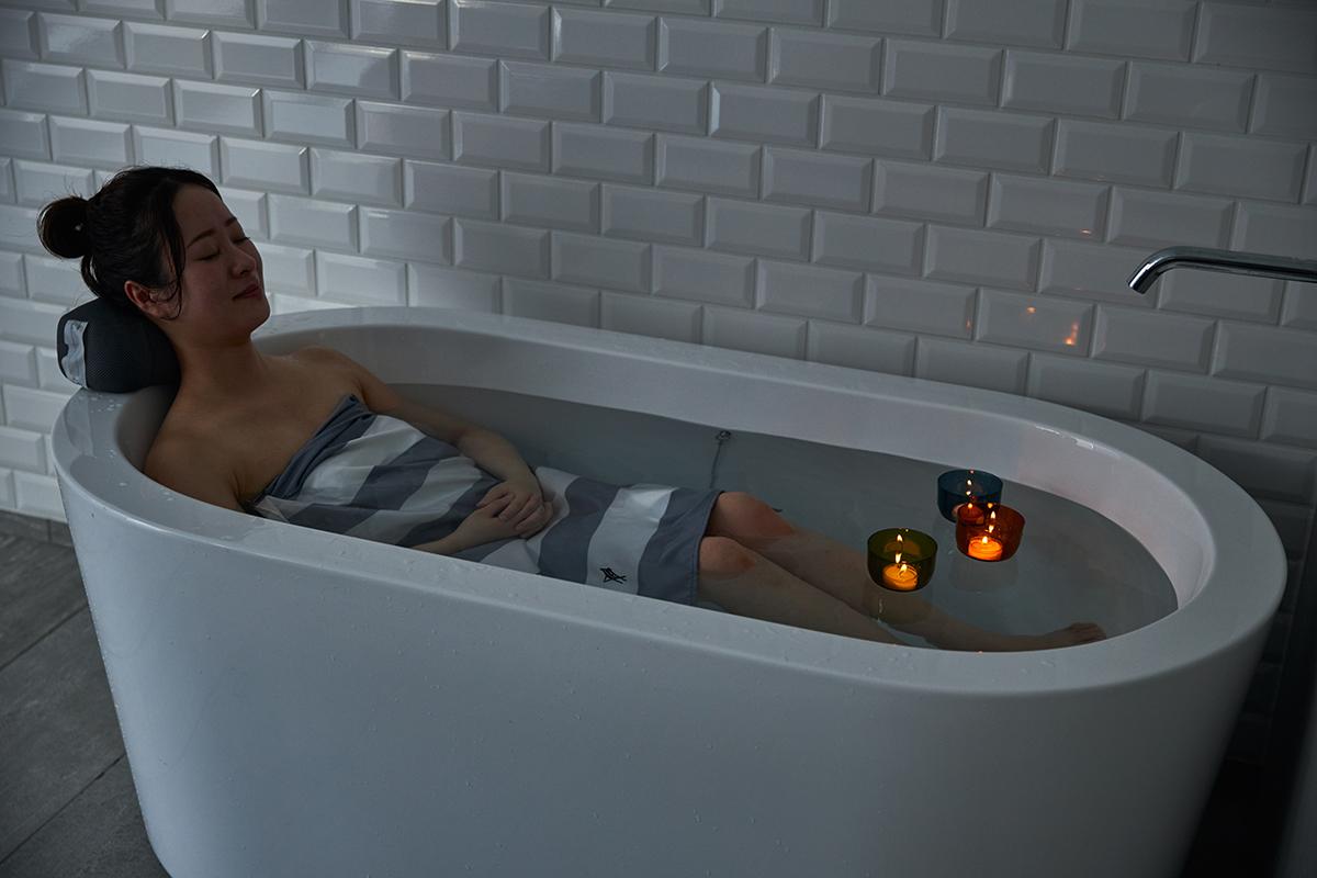 心身ともにリフレッシュしたい時は、浴室の電気を消して『バスキャンドル』がおすすめ。効果的に入浴するための7つの方法とグッズ|目の疲れや肩こりを解消、自律神経を整えたい方に