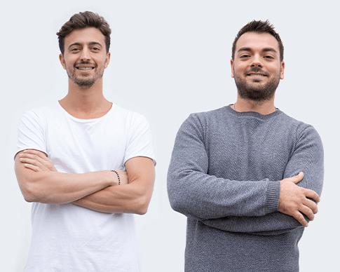 『24Bottles』創業者のジョヴァンニ(左)とマッテオ(右)。イタリアのボローニャで生まれた洗練されたデザインのお洒落で環境に優しい「マイボトル・タンブラー・水筒」|24Bottles(トゥエンティーフォーボトルズ)』