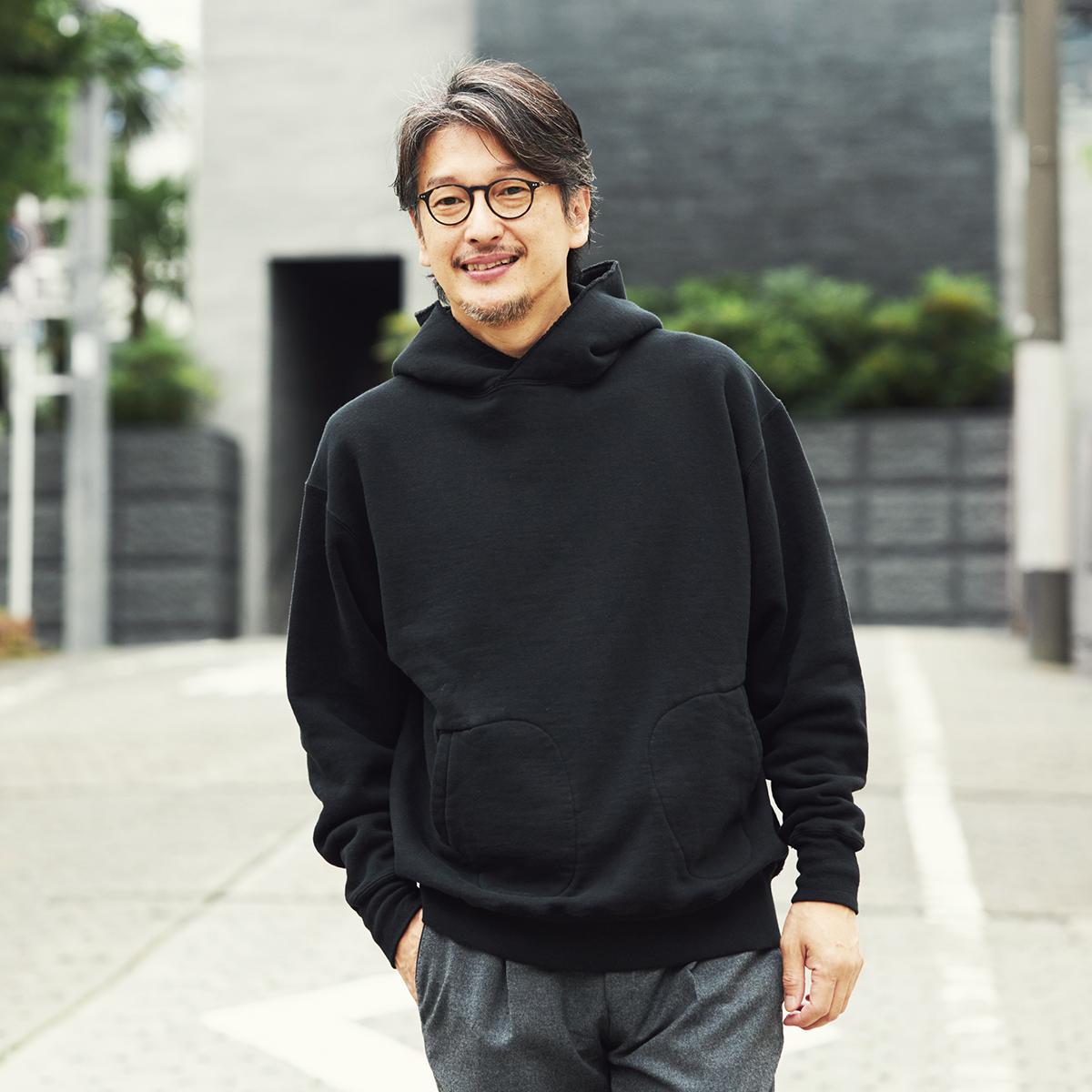秋から春までロングシーズン着られるよう、シングルフェイス(一層)で仕立てて、より軽やかな着心地に。スポルディング社の名作から、現存していない「ブラック」をMade in Japanで「サイドラインパーカ/シングル」|A.G. Spalding & Bros