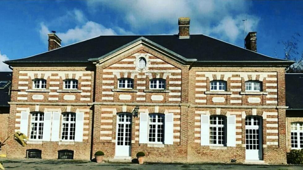デザイナーのマルティーヌと家族たちが暮してきた、Moismont農園の邸宅「ストール・マフラー」|MOISMONT(モワモン)