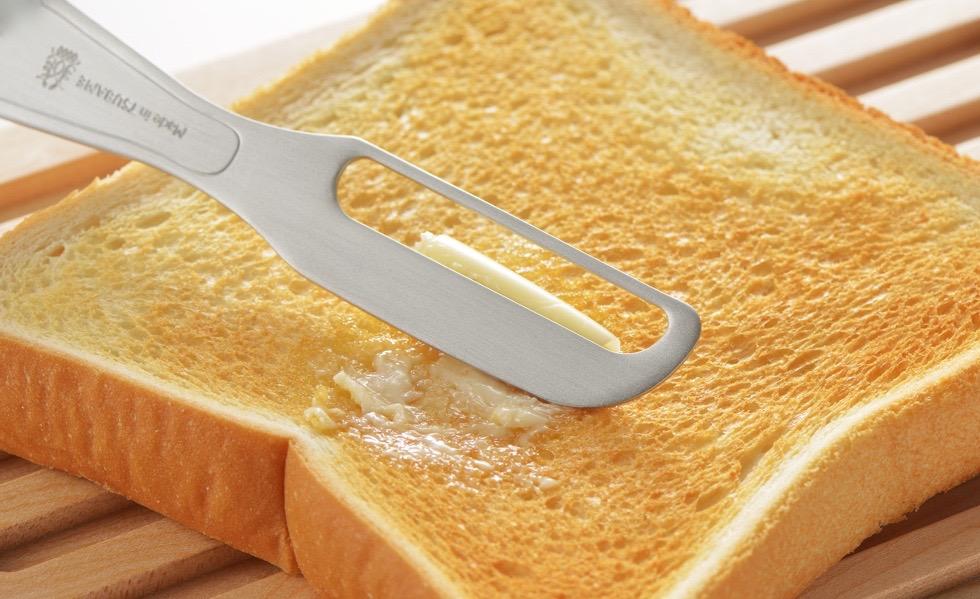 手の温度で溶けるバターナイフ(ピーラー)