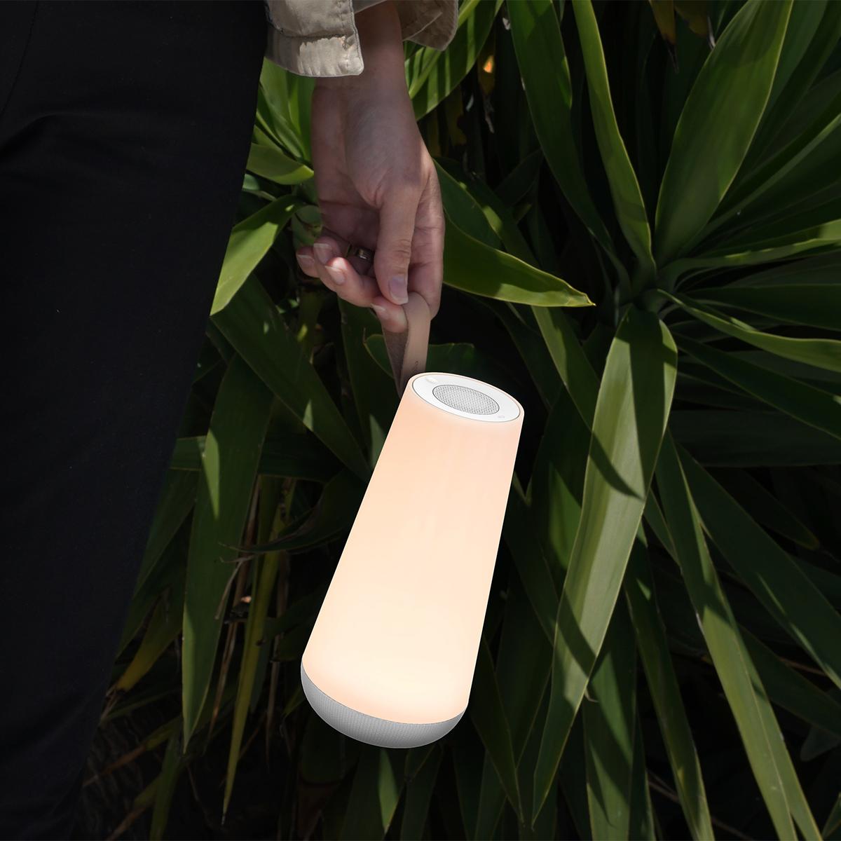 親しい人々が寄り添い、集まれるよう、本品には持ち運びに便利なレザーストラップが付いています。「音」と「光」の調和するワイヤレスHi-Fiスピーカー|Pablo UMA MINI