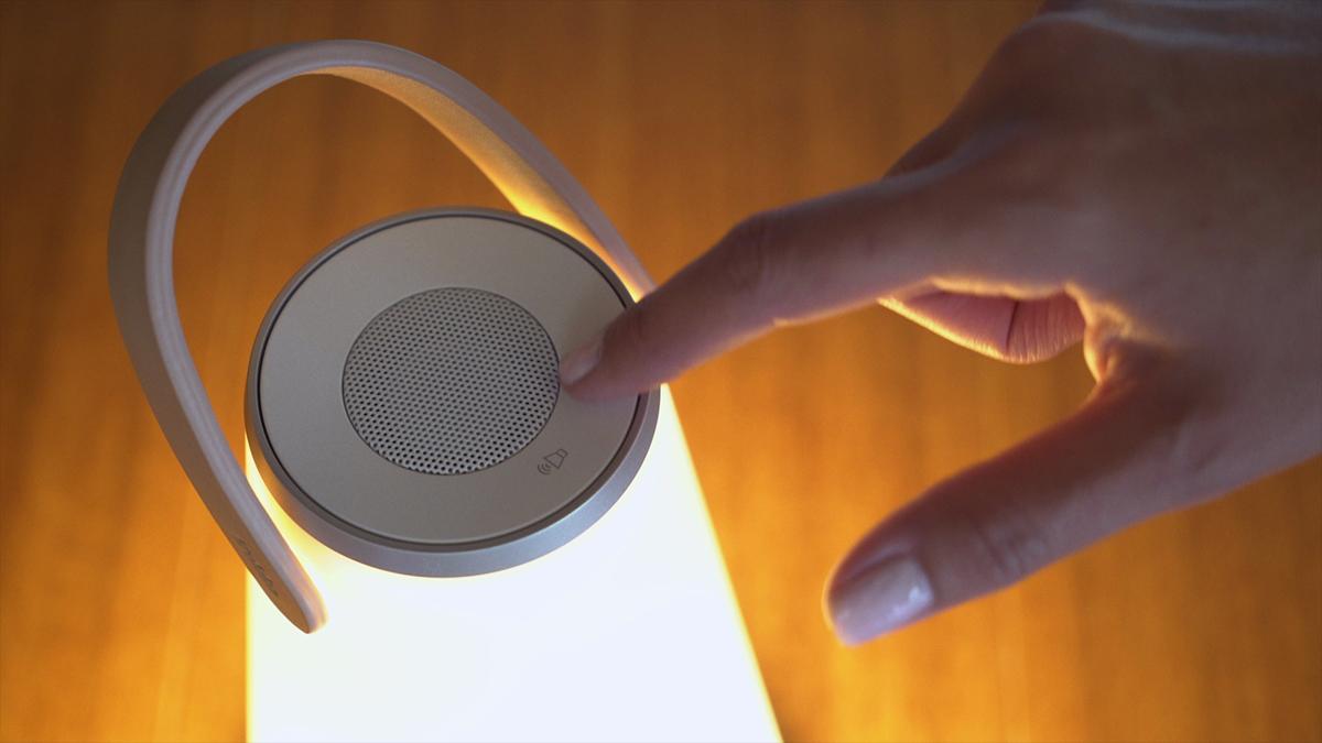 最高品質の音と光に包み込まれ、自然と癒しを感じることができる。「音」と「光」の調和するワイヤレスHi-Fiスピーカー|Pablo UMA MINI