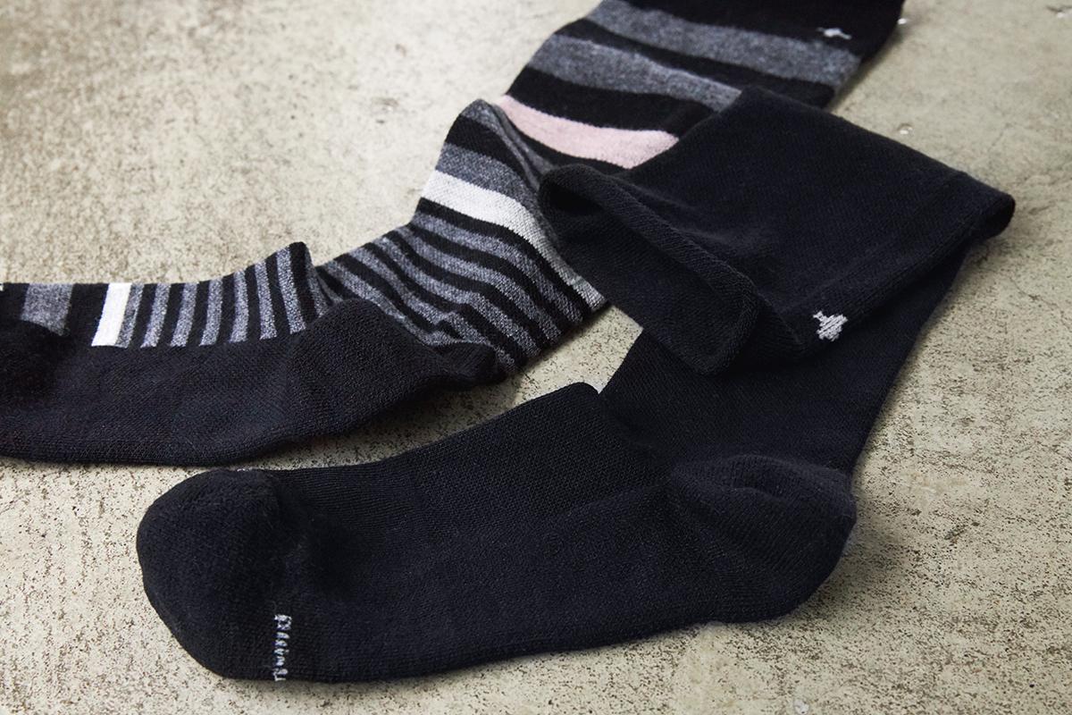 おしゃれだから服に合わせやすい。夏は涼しく冬は暖かいメリノウールを使用した、血液やリンパの流れをサポートする着圧ソックス(健康ソックス・靴下)|Sockwell(ソックウェル)