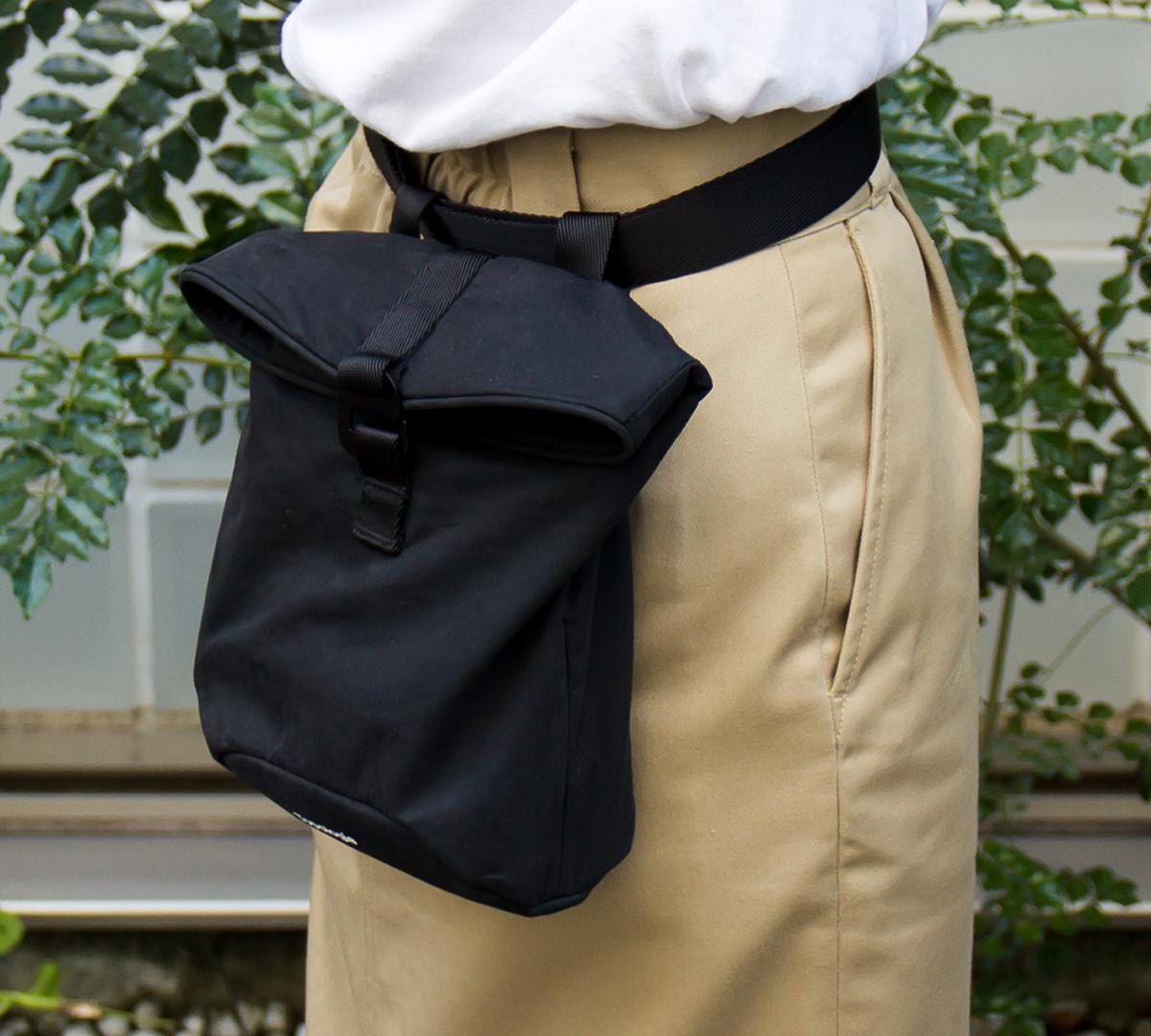 ウエストバッグ|アウトドアやフェス、バックパック使用時のサブバッグにおすすめ|超軽量、動きを邪魔しない、荷重を分散、ミニマムデザインの4WAYウエストバッグ | Topologie