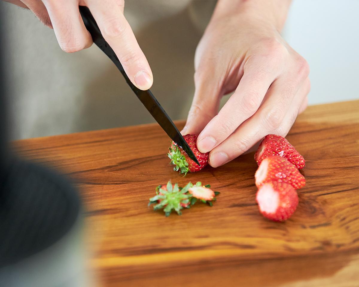食卓で使うには小さいパーリングナイフがぴったり|『hast.(ハスト)』のエディションナイフ|食卓をもっとおしゃれに楽しく!おすすめのアイデア8選。毎日の食卓に取り入れて、家での食事を楽しもう
