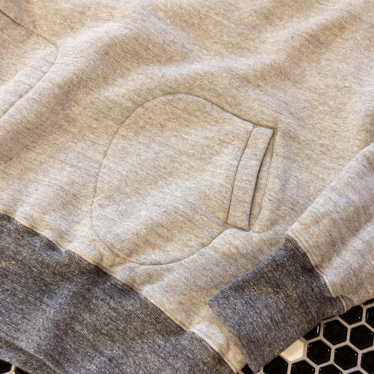 ハンドウォーマーポケット|スポルディング社の銘品から再構築されたぬくもり!アウター感覚の風合いやわらかな「サイドラインパーカ」|A.G. Spalding & Bros