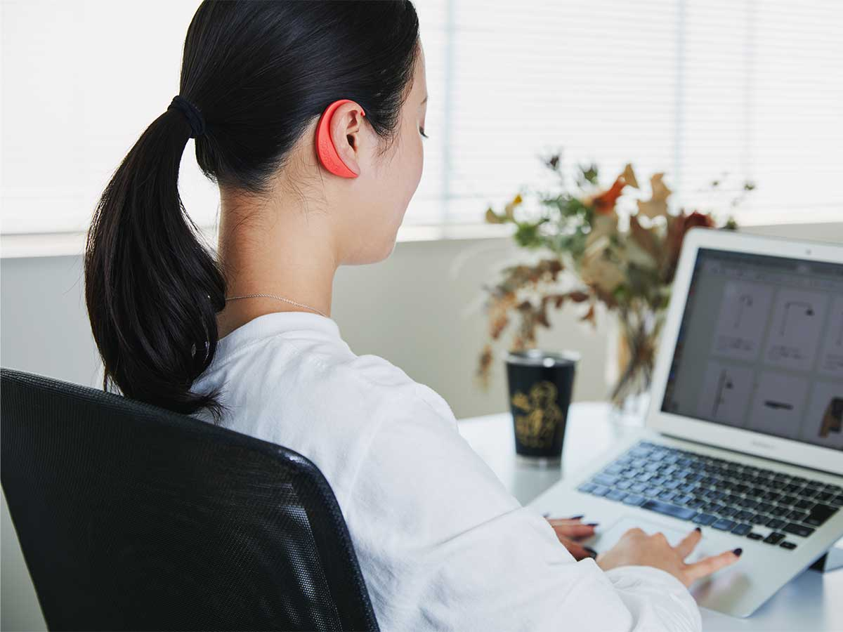 |ネオジム磁石で耳裏のツボを刺激。EARHOOK(イヤーフック)
