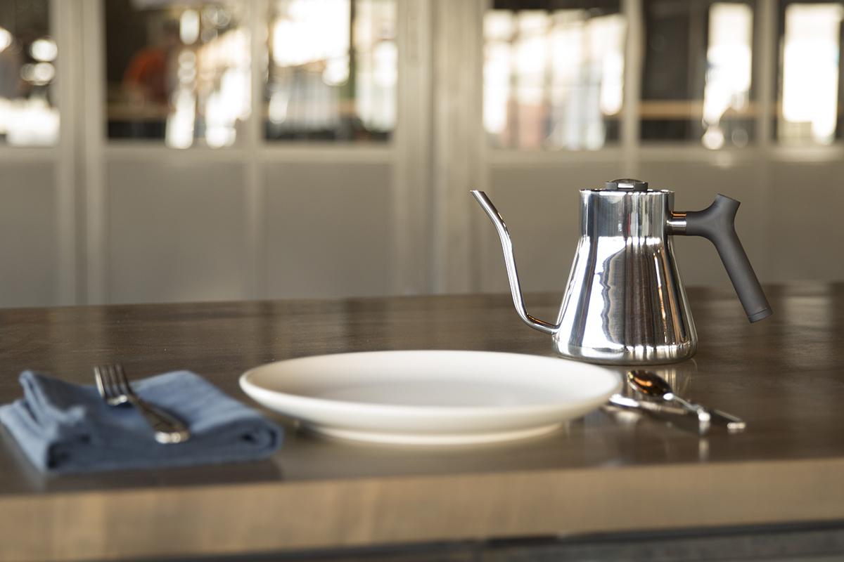 美味しいコーヒーやお茶が淹れられる温度管理が可能なケトル・やかん