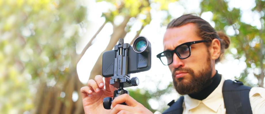 旅先、動物の撮影、お子さまの運動会の記録写真に。6種類のレンズを装備したiPhoneケース(望遠レンズ) | ShiftCam 2.0