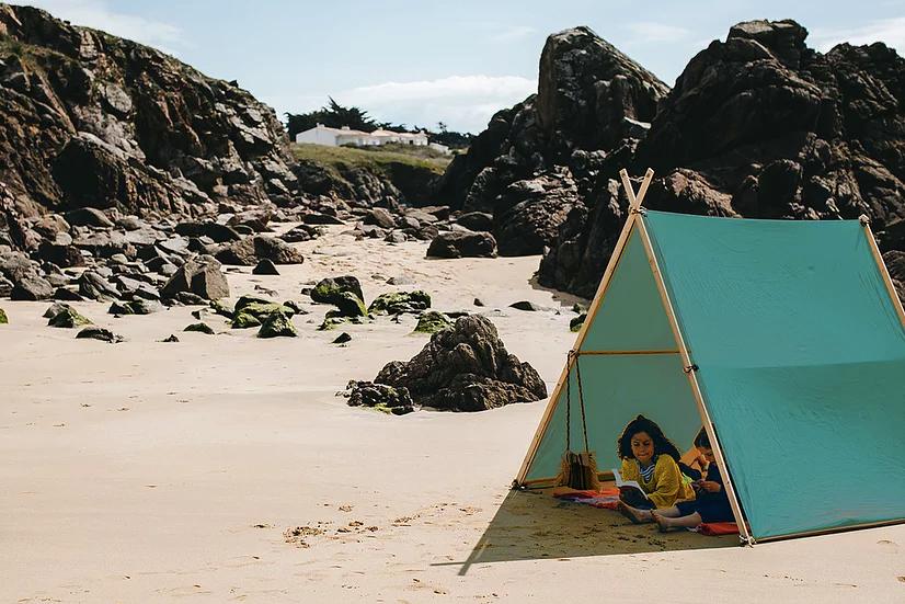 大人の男性も出入りしやすい広々とした開放的なデザイン「帆布テント」|LA TENTE ISLAISE(ラ・タント・イレーズ)