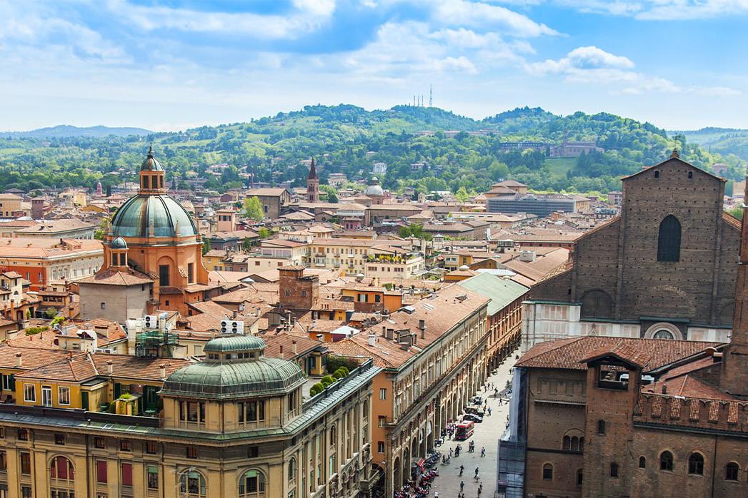 2013年、イタリア・ボローニャで誕生。毎日持ち歩きたくなる、色柄豊富なイタリアンデザインのマイボトル|24Bottles(トゥエンティーフォーボトルズ)