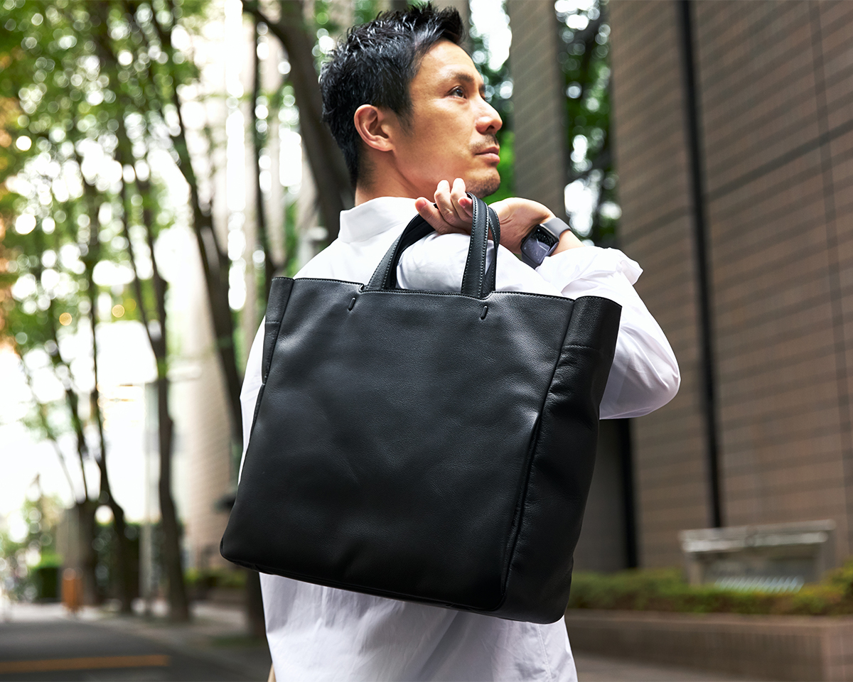 ひと目で上質と分かる機能美あふれる革製品|防水レザー、超軽量、直感ポケット付きの日本製レザーバッグ|PCバッグ・トートバッグ・リュック・バックパック|FARO(ファーロ)