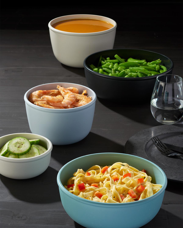 冷蔵庫・冷凍庫・電子レンジで使える『CIRQULA』は、食器としても使えるデザイン。作り置きから食卓までノンストップで、容器の入れ替えが不要で、そのまま食卓に出せる汁漏れしないマルチボウル・タッパー・保存容器|MEPAL CIRQULA(サーキュラ)