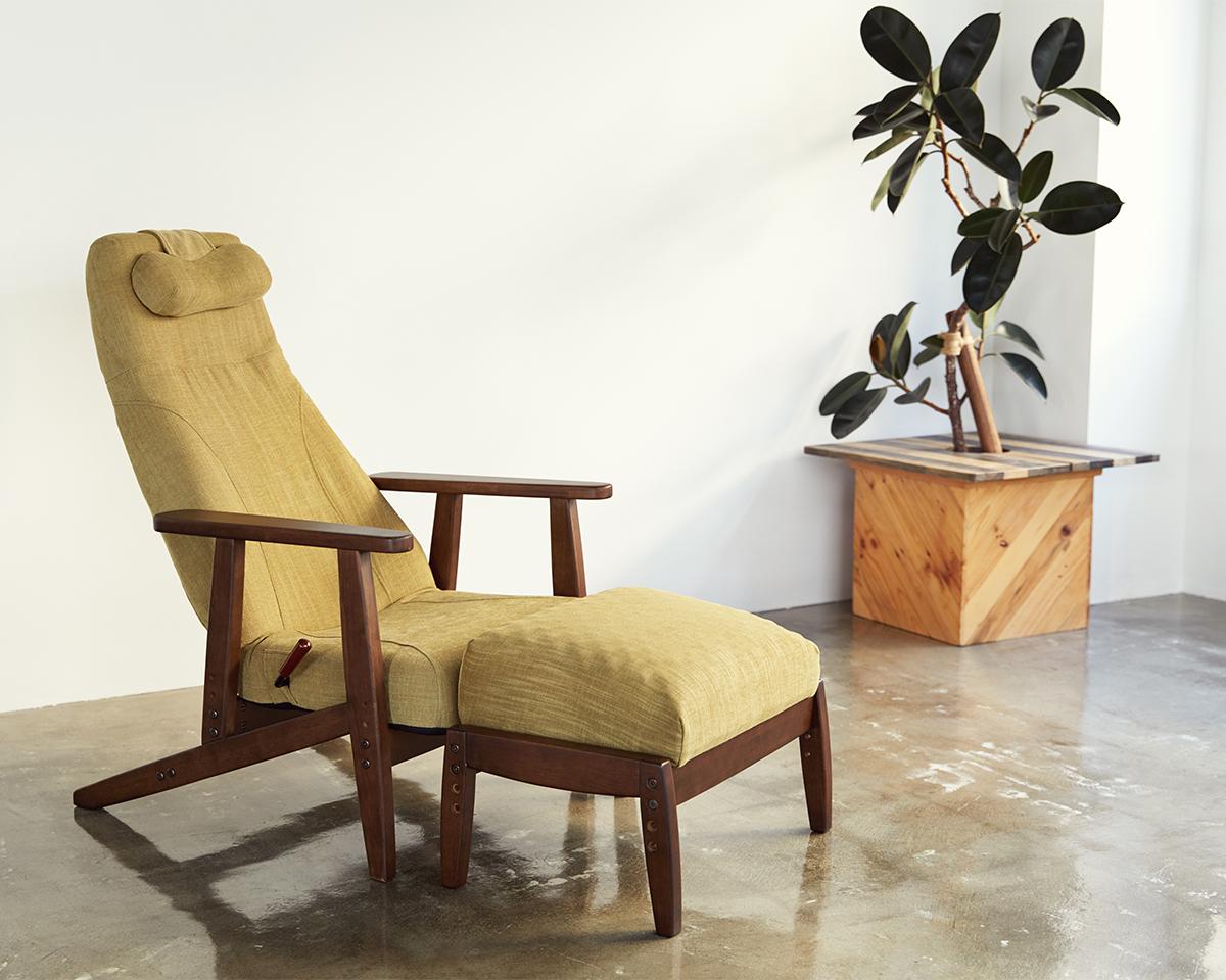 本物のリラックスを味わえます。体にいい姿勢でリラックス!首も腰も好きな角度に調節できる寝椅子(リクライニングチェア)|P!nto