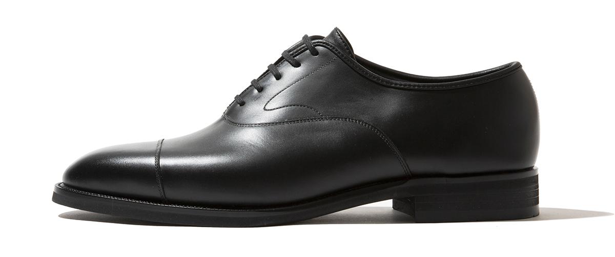耐久性に優れたヒールリフト。紳士靴としてのフィット感、軽やかな履き心地を目指したディテールのスタイリッシュな「レインシューズ」|三陽山長