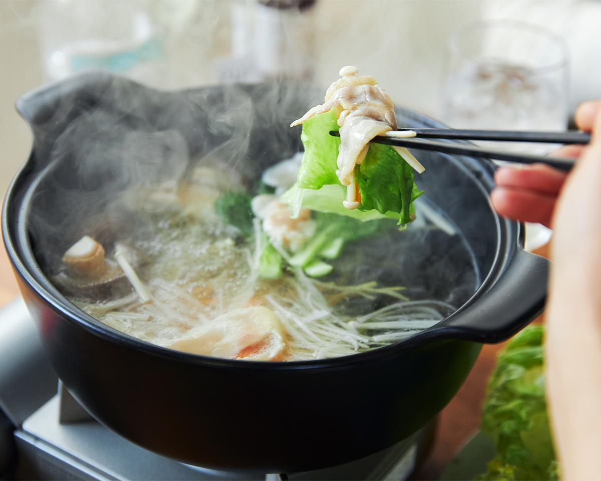 お家でヘルシーで美味しい名古屋コーチンを。飲めるポン酢&特製だし付き「名古屋コーチンしゃぶしゃぶセット(もも肉・むね肉)」|錦爽(きんそう)|丸トポートリー食品