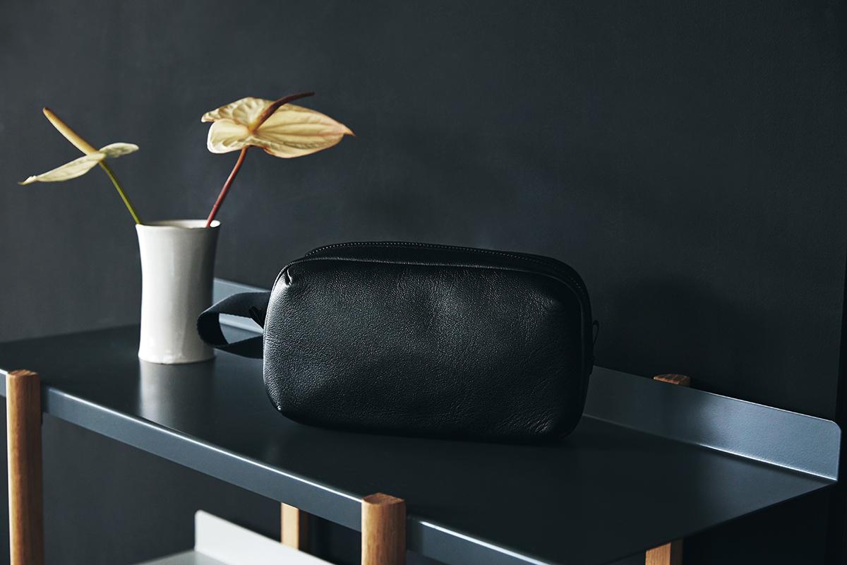 高度な技と上質な素材で、機能美あふれる革製品を日本から発信 防水レザー、超軽量、直感ポケット付きの日本製レザーバッグ PCバッグ・トートバッグ・リュック・バックパック FARO(ファーロ)