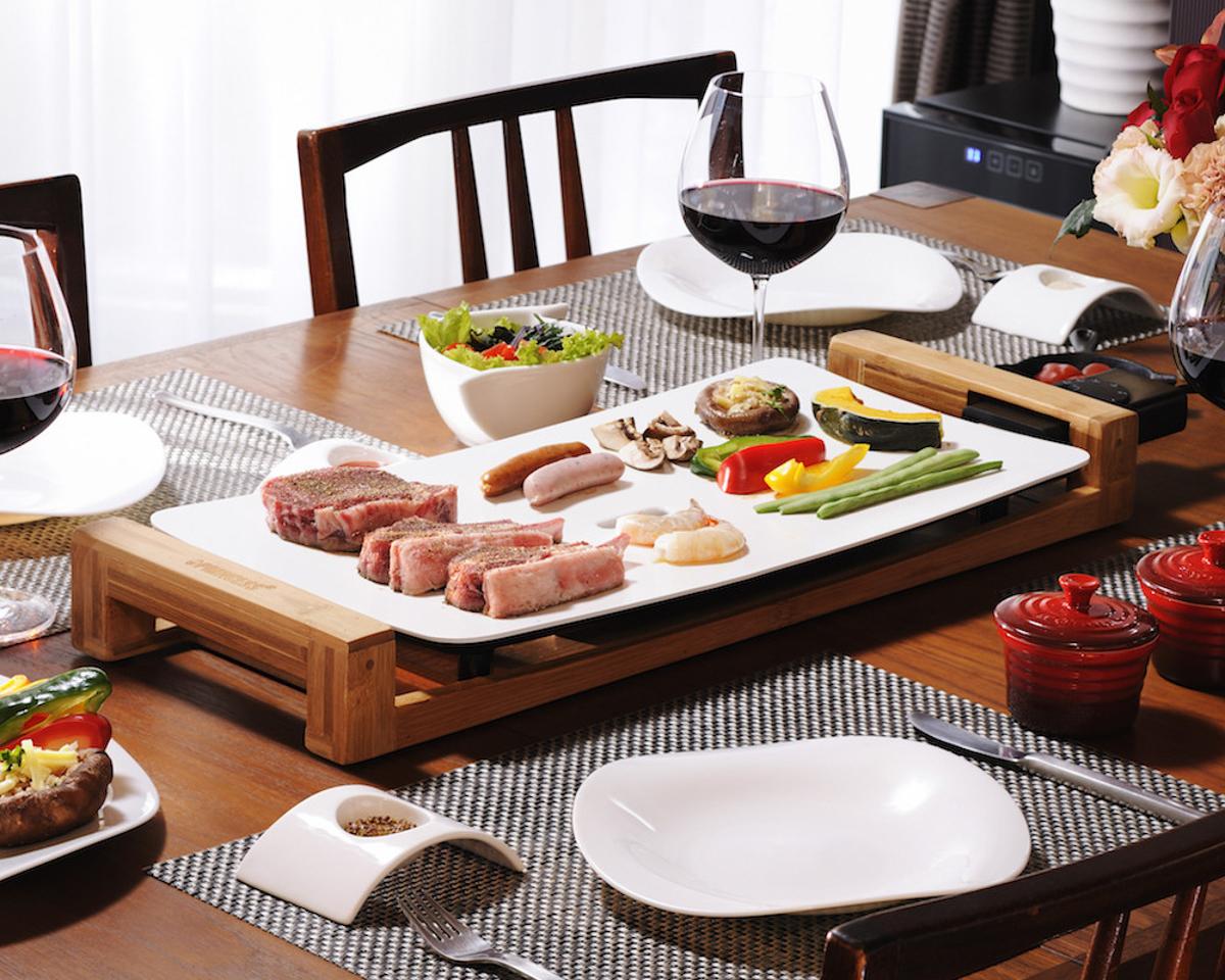 テーブルの真ん中に鎮座しても、おしゃれな食卓の雰囲気を醸し出してくれる|Princes Table Grill|食卓をもっとおしゃれに楽しく!おすすめのアイデア8選。毎日の食卓に取り入れて、家での食事を楽しもう