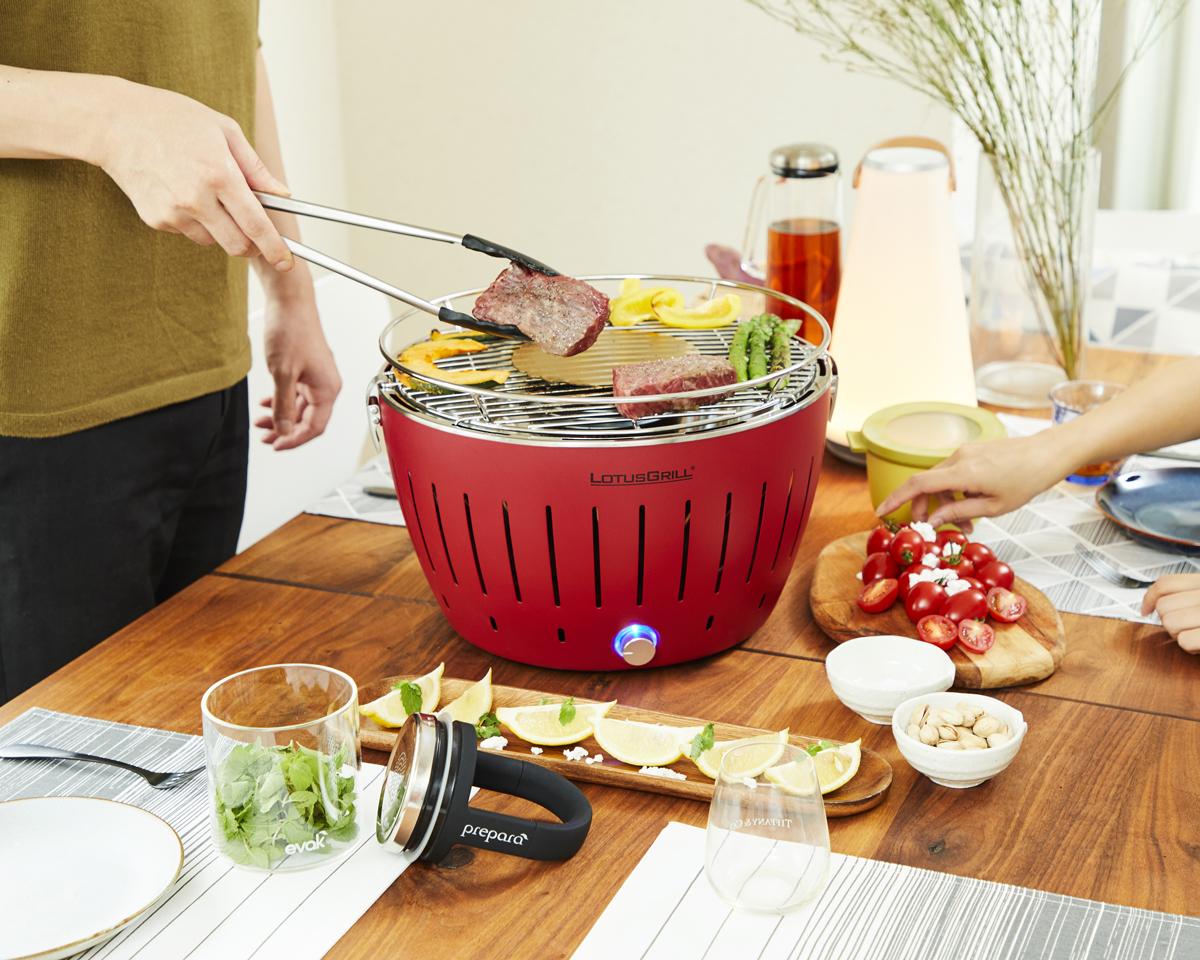 マンションや住宅地でも炭火バーベキューができる煙が少ないロースター|Lotus Grill